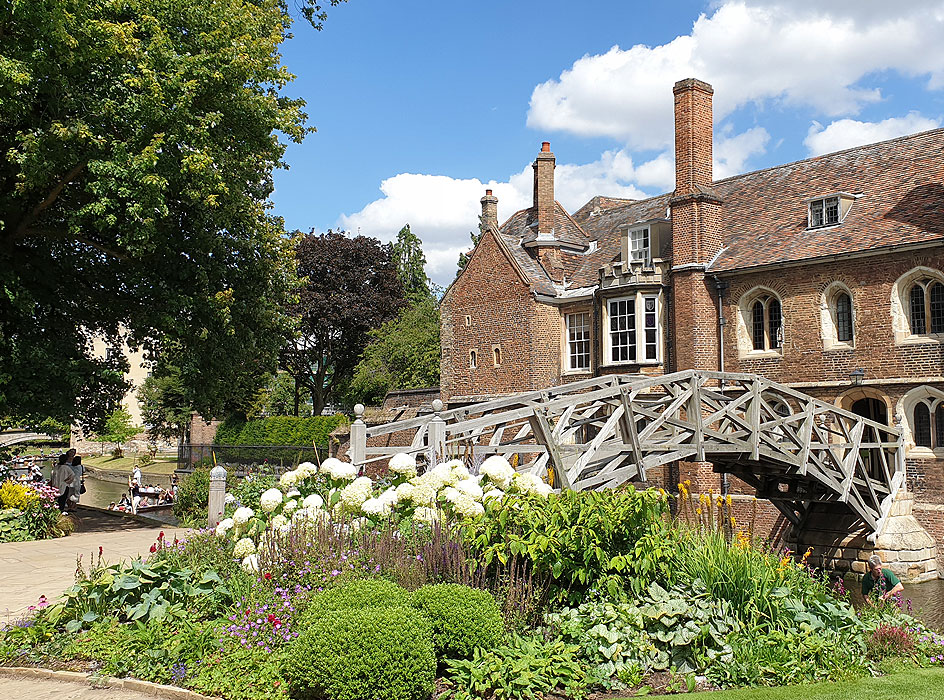 Our summer school in England with a historic and inspirational location